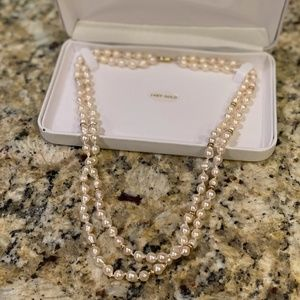 Akoya Double Strand Pearl Necklace 14kt gold NIB
